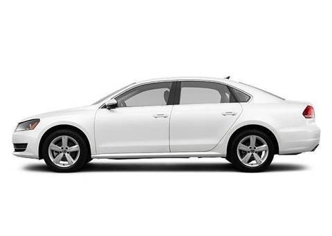 2012 Volkswagen Passat for sale at Luxury Auto Finder in Batavia IL