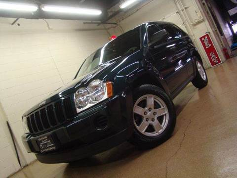2005 Jeep Grand Cherokee for sale at Luxury Auto Finder in Batavia IL