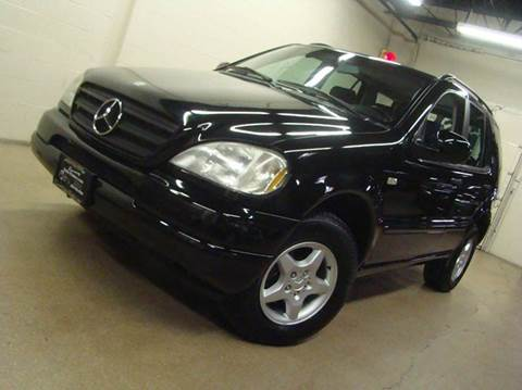 2000 Mercedes-Benz M-Class for sale at Luxury Auto Finder in Batavia IL