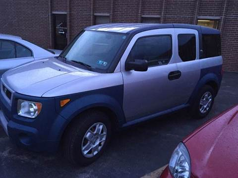 2006 Honda Element for sale at Luxury Auto Finder in Batavia IL