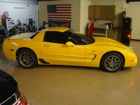 2003 Chevrolet Corvette for sale at Luxury Auto Finder in Batavia IL