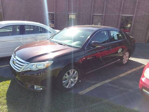 2011 Toyota Avalon for sale at Luxury Auto Finder in Batavia IL