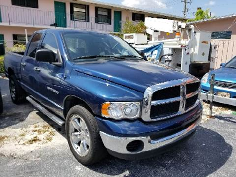 2004 Dodge Ram Pickup 1500 for sale at Global Motors in Hialeah FL