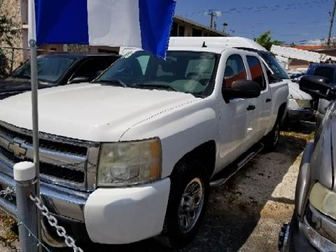 2008 Chevrolet Silverado 1500 for sale at Global Motors in Hialeah FL