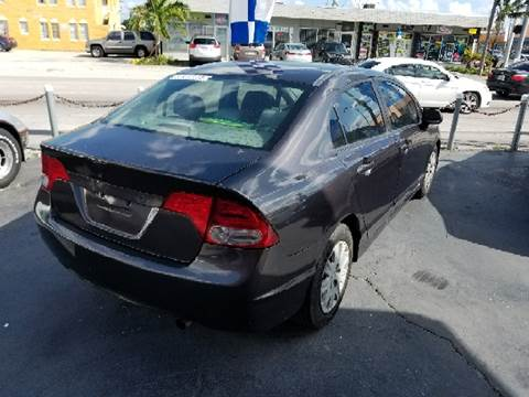2010 Honda Civic for sale at Global Motors in Hialeah FL