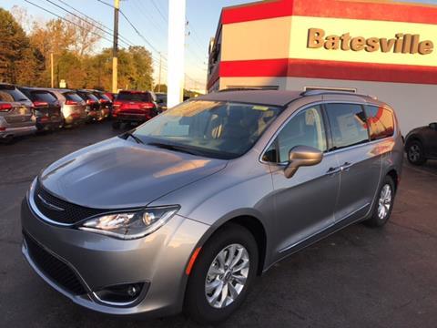 2018 Chrysler Pacifica for sale in Batesville, IN