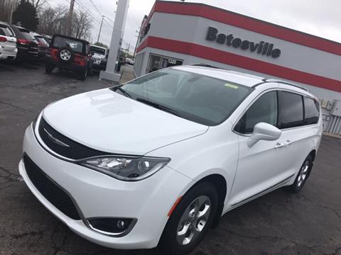 2017 Chrysler Pacifica for sale in Batesville IN