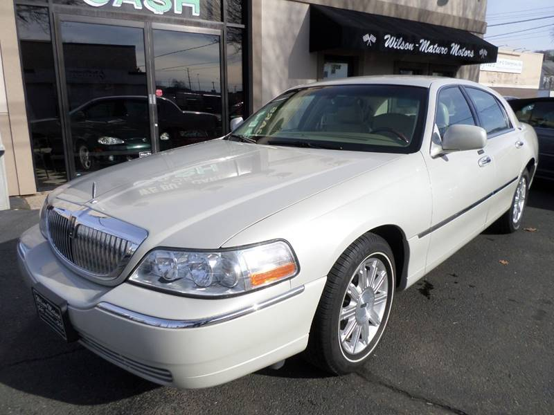 2006 Lincoln Town Car Signature Limited 4dr Sedan In New Haven Ct Ct