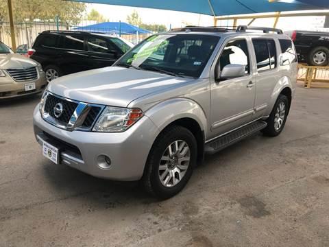 2008 Nissan Pathfinder for sale at Borrego Motors in El Paso TX