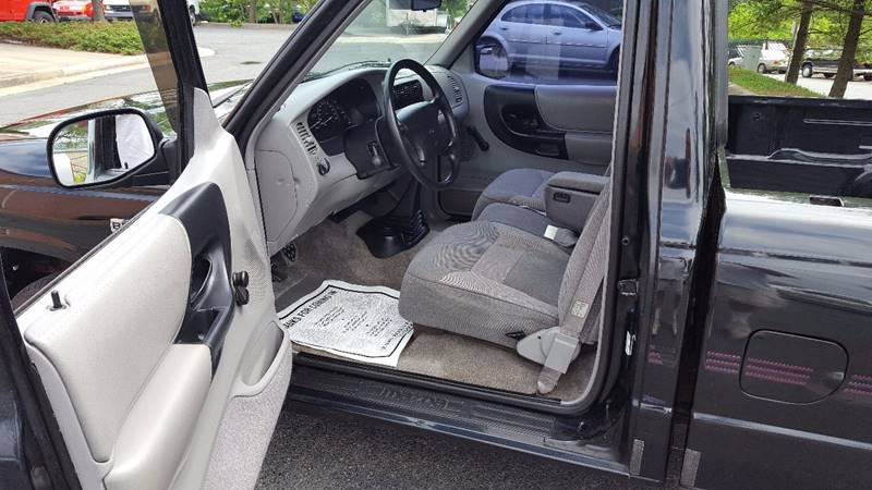 1996 Mazda B-Series Pickup 2dr B2300 SE Standard Cab SB - Dumfries VA