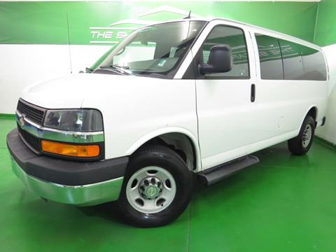 2015 Chevrolet Express Passenger for sale in Englewood, CO