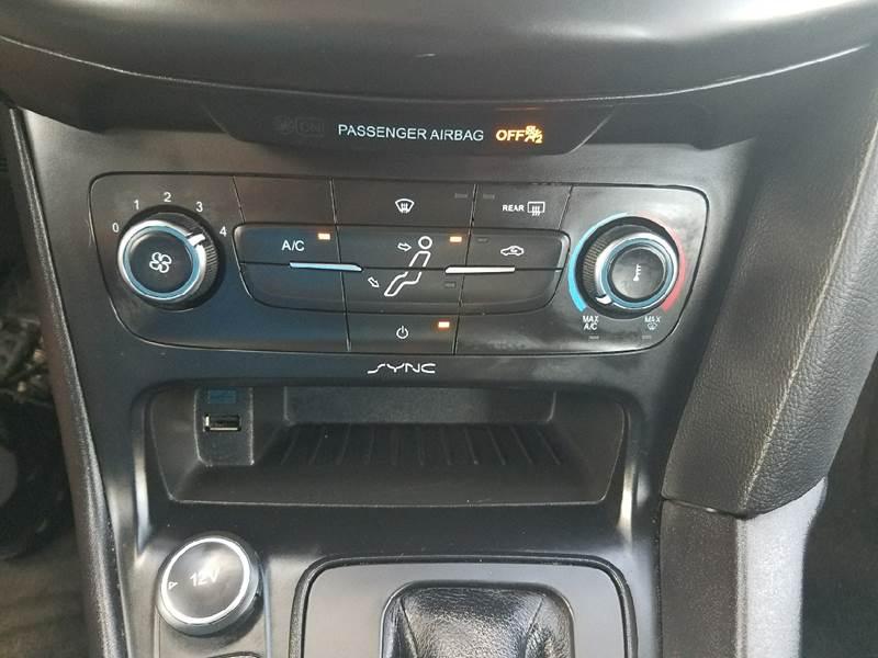 2016 Ford Focus SE 4dr Hatchback - Mexico MO