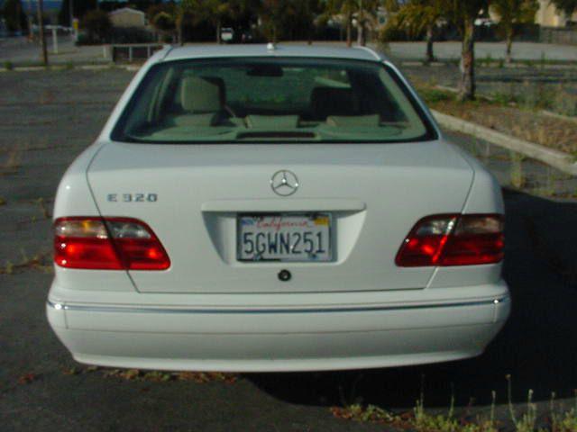 2000 Mercedes-Benz E-Class E320 4dr Sedan - Freedom CA
