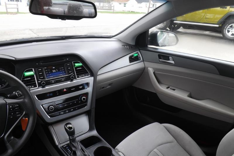 2015 Hyundai Sonata SE 4dr Sedan - Tilton NH