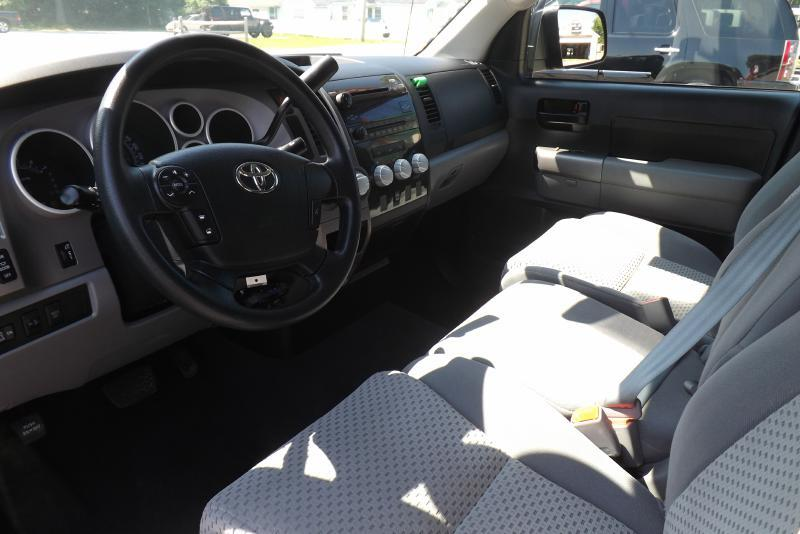 2012 Toyota Tundra 4x4 Grade 4dr Double Cab Pickup SB (4.6L V8) - Tilton NH