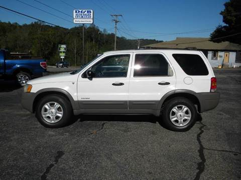 2002 Ford Escape for sale at D & B Auto Sales & Service in Martinsville VA