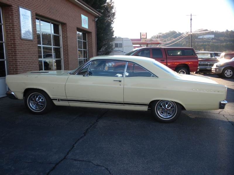 1966 Ford Fairlane for sale at D & B Auto Sales & Service in Martinsville VA