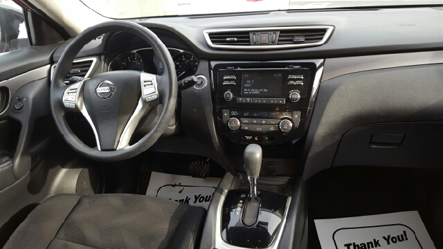 2014 Nissan Rogue AWD SV 4dr Crossover - Ludlow MA