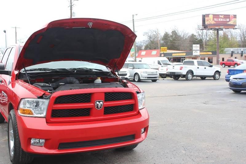 2012 RAM Ram Pickup 1500 4x2 ST 4dr Crew Cab 5.5 ft. SB Pickup - Hendersonville TN