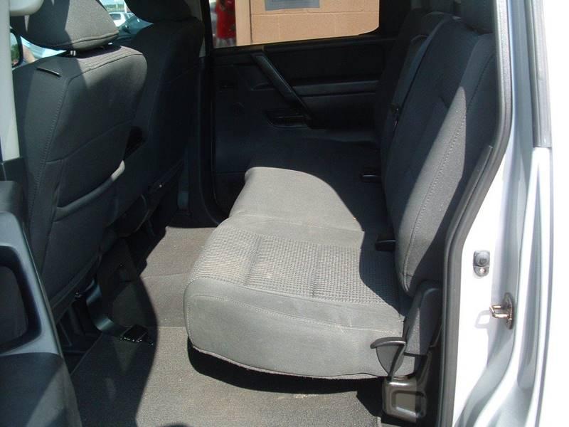 2012 Nissan Titan 4x2 SV 4dr Crew Cab SWB Pickup - Hendersonville TN