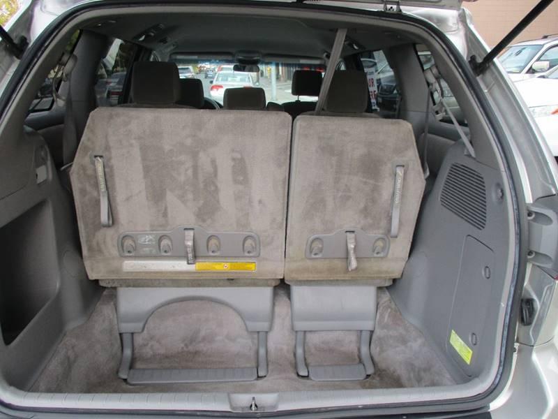 2007 Toyota Sienna CE 8-Passenger 4dr Mini-Van - Belmont CA
