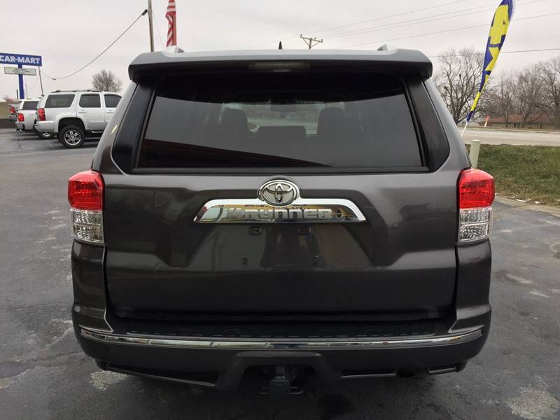 2010 Toyota 4Runner Limited: 2010 Toyota 4Runner, Gray with 82731 Miles available now!