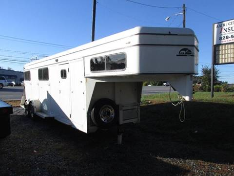1993 Sundowner Horse Trailer for sale in Lenoir  NC. Trailers For Sale in North Carolina   Carsforsale com
