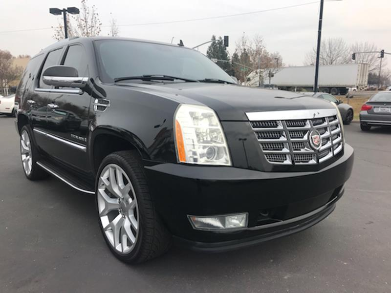 tv suv escalade for dvd cadillac toronto on used sale htm navigation