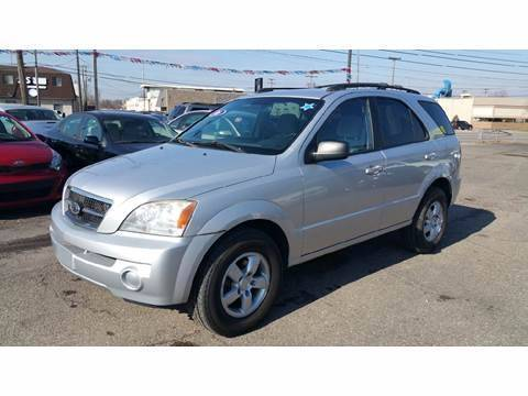 2006 Kia Sorento for sale at AMC Auto in Roseville MI