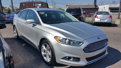 2014 Ford Fusion for sale at AMC Auto in Roseville MI
