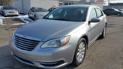 2014 Chrysler 200 for sale at AMC Auto in Roseville MI