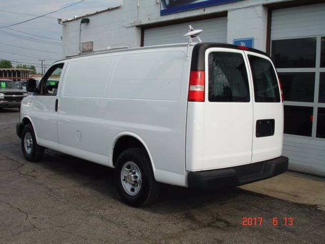 2010 Chevrolet Express Cargo 2500 3dr Cargo Van w/ 1WT - Eastlake OH
