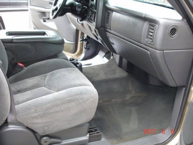 2004 Chevrolet Silverado 1500 4dr Extended Cab LS 4WD SB - Eastlake OH