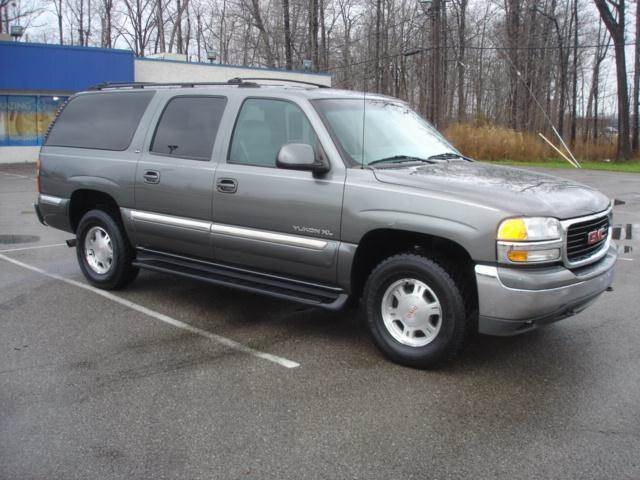 2001 GMC Yukon XL for sale at JPH Auto Sales in Eastlake OH