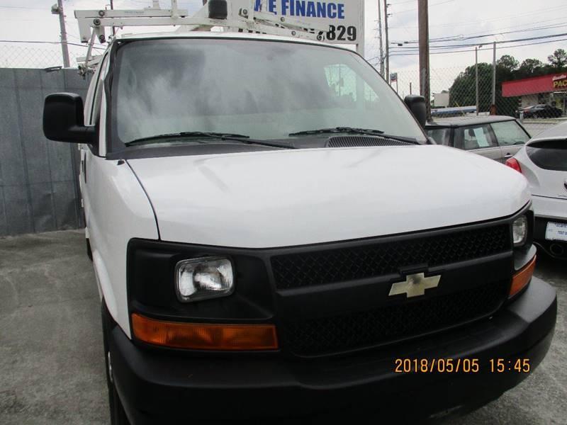 Chevrolet Express Cargo 2011 2500 3dr Cargo Van w/ 1WT