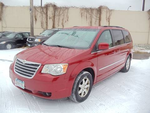 2009 Chrysler Town and Country for sale in Minneapolis, MN