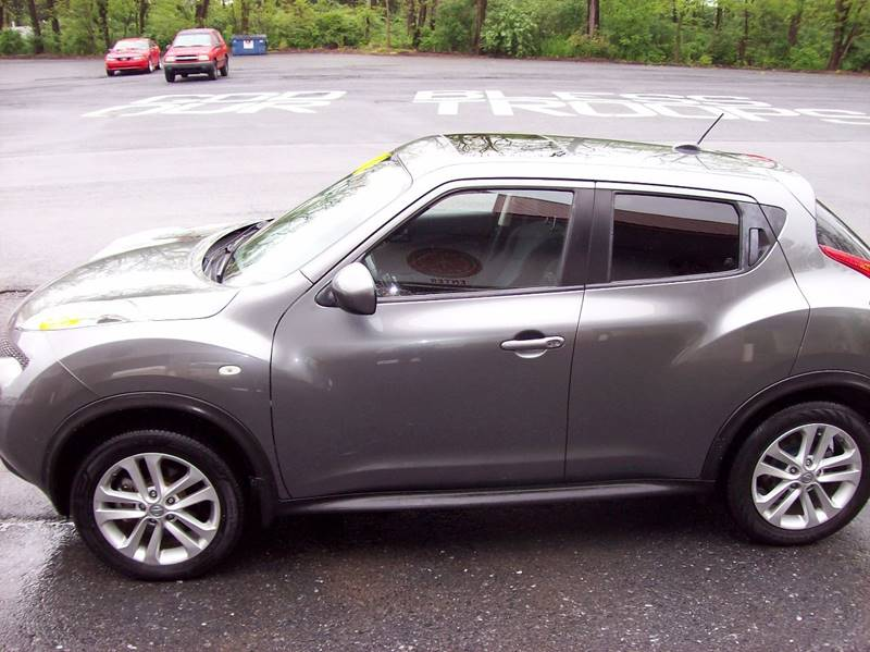 2011 Nissan JUKE AWD SV 4dr Crossover - Annville PA