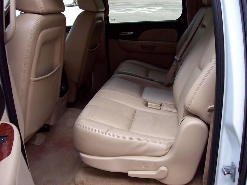 2007 Chevrolet Suburban LT 1500 4dr SUV 4WD - Annville PA