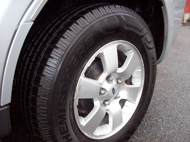 2008 Ford Escape AWD Limited 4dr SUV - Annville PA
