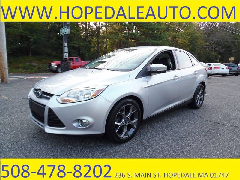 2013 Ford Focus SE 4dr Sedan - Hopedale MA