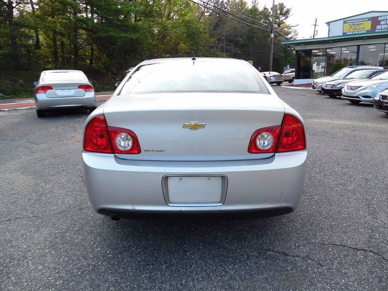 2010 Chevrolet Malibu LS 4dr Sedan - Hopedale MA