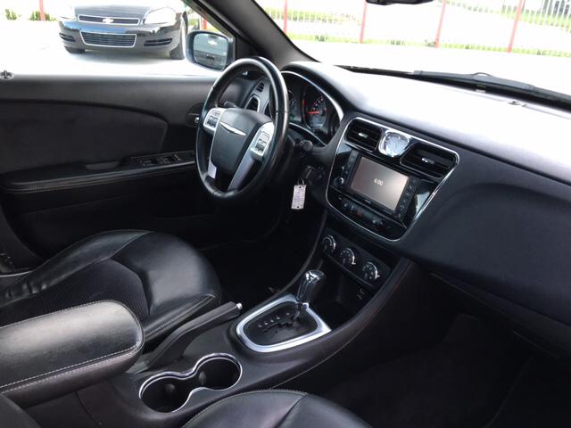 2011 Chrysler 200 Detroit Used Car for Sale