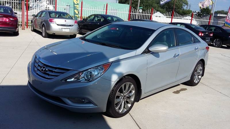 2011 Hyundai Sonata car for sale in Detroit
