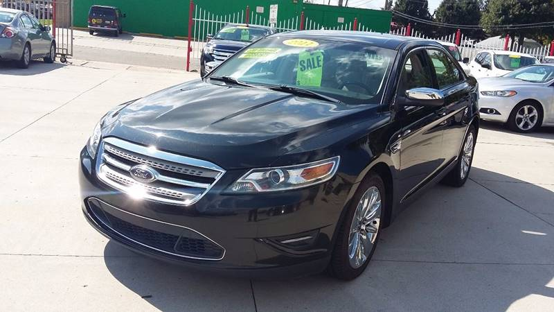 2011 Ford Taurus car for sale in Detroit