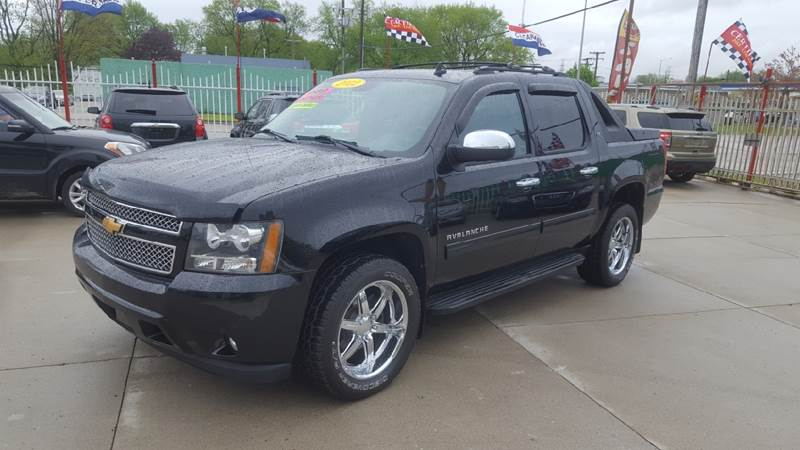 2012 Chevrolet Avalanche car for sale in Detroit
