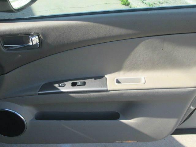 2006 Nissan Altima 2.5 S 4dr Sedan w/Automatic - Satellite Beach FL