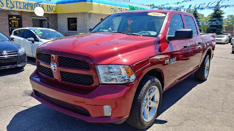 2013 RAM RAM PICKUP 1500 EXPRESS 4X2 4DR CREW CAB 55 FT deep cherry red crystal pearl carfax 1