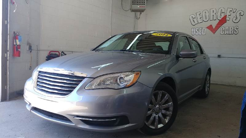2014 CHRYSLER 200 TOURING 4DR SEDAN gray no accidents reported on carfax cloth drives like a dr
