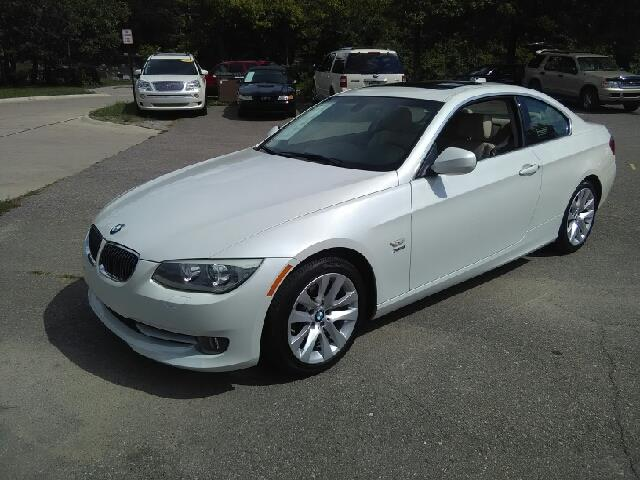 2012 BMW 3 SERIES 328I XDRIVE AWD 2DR COUPE white carfax no accidents awd wow what a sweethear