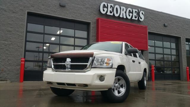 2008 DODGE DAKOTA SLT 4DR CREW CAB 4WD SB white 4wd crew cab flex fuel here at georges enterp